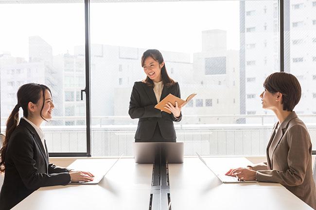 転職エージェントと起業の採用担当者と求職者