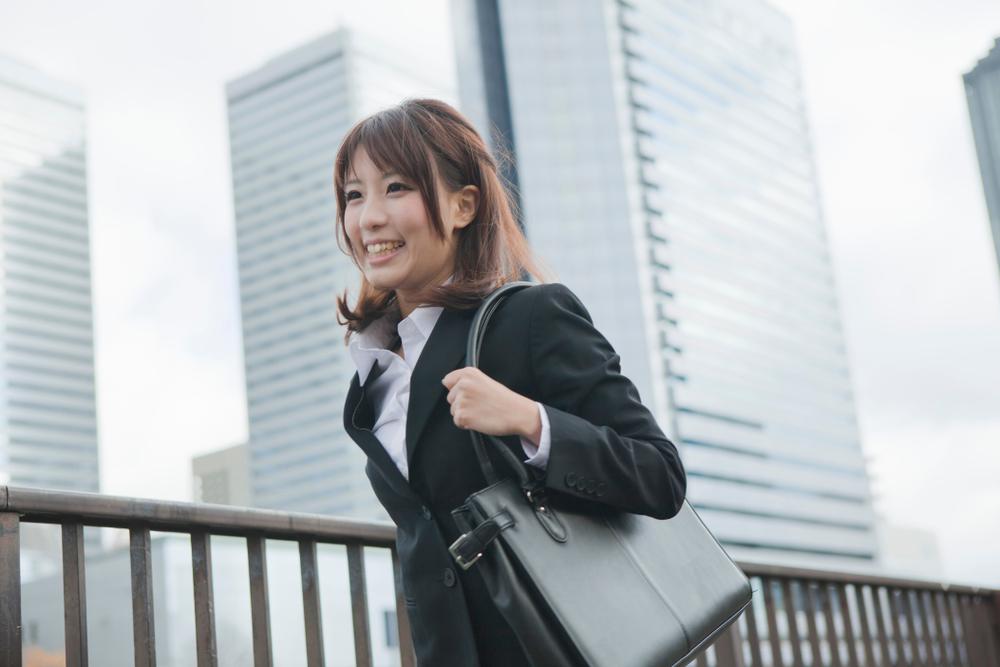 正社員になりたい…!20代の若手でも納得できる就職活動を成功させる方法のイメージ