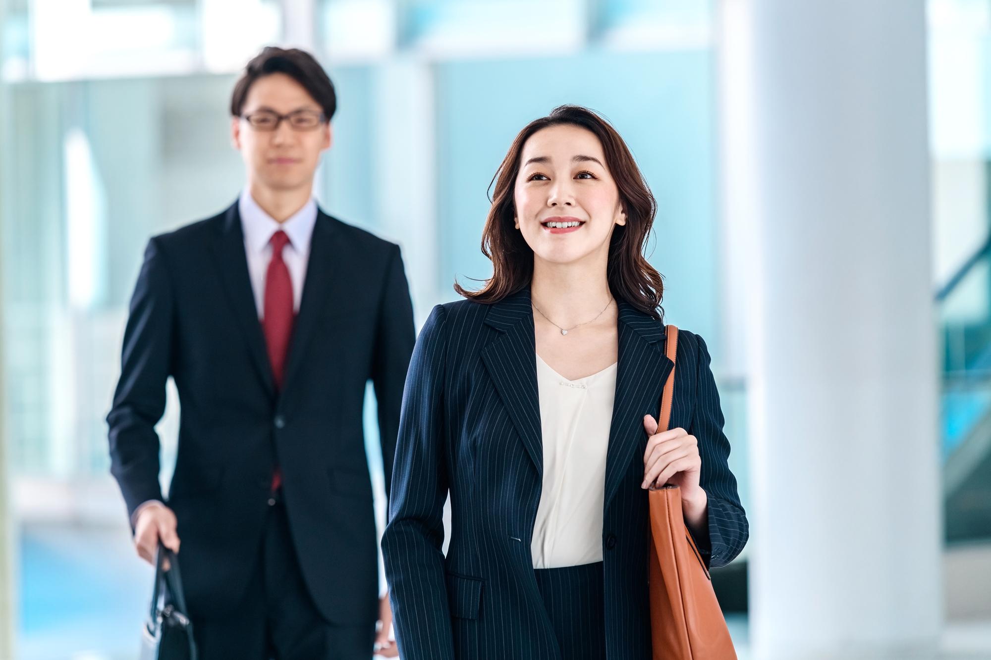 第二新卒や未経験でも営業職を目指すには ?仕事のやりがい、スキル、転職方法の本当のところのイメージ