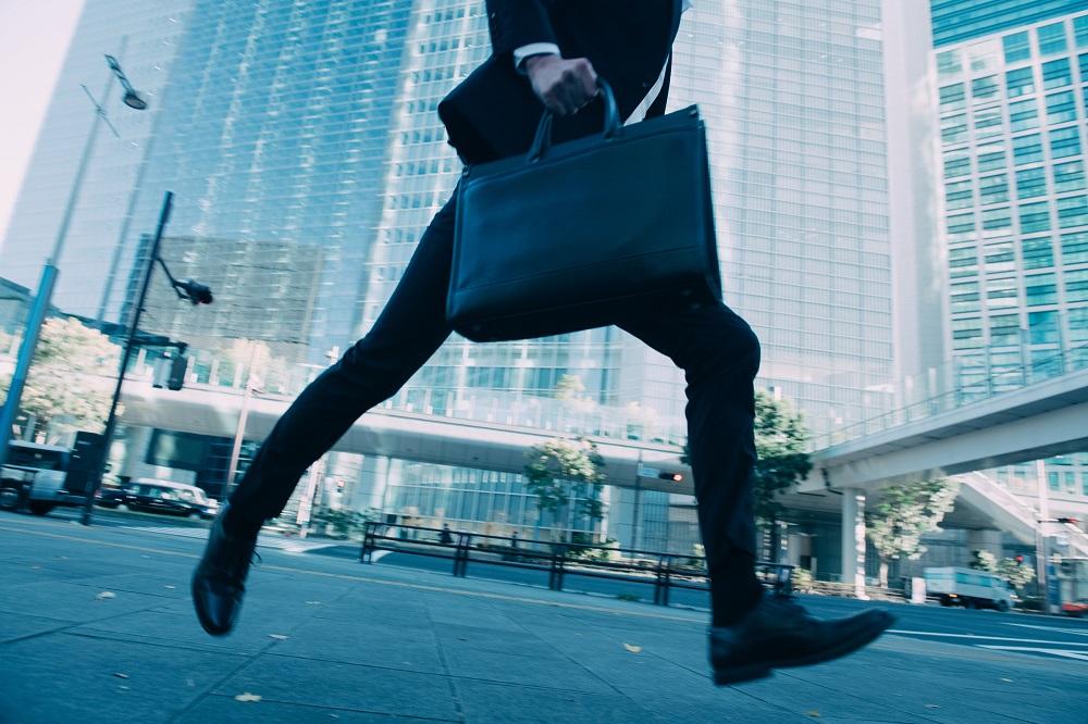 未経験でも個人営業に転職するには?仕事のやりがい、スキル、転職方法の本当のところのイメージ